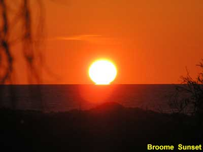 Broome sunset image pa150380 41KB